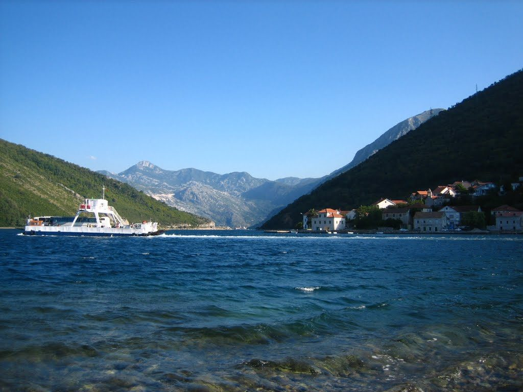 ferry kamenari-lepetane bay of kotor