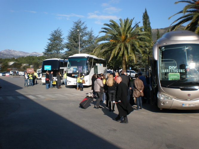 bus transfer montenegro