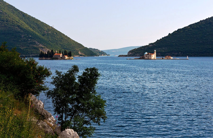 Island of Perast Sveti Djordje and Gospa od Skrpjela.