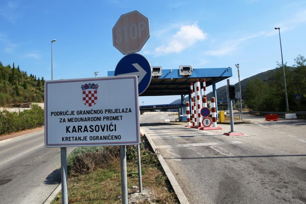 The border between Montenegro and Croatia