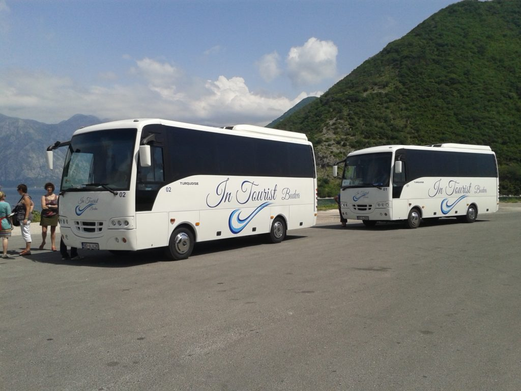 montenegro minibuses