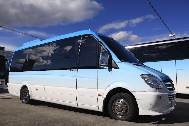 minivan transfer montenegro