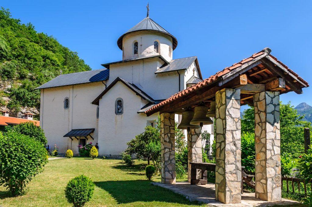 moraca monastery montenegro