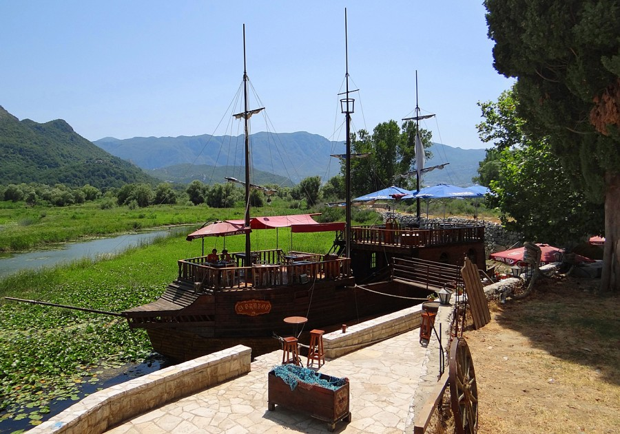 skadar lake restaurants