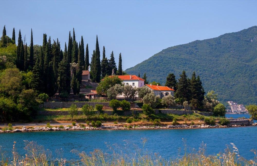 monastery banja risan montenegro