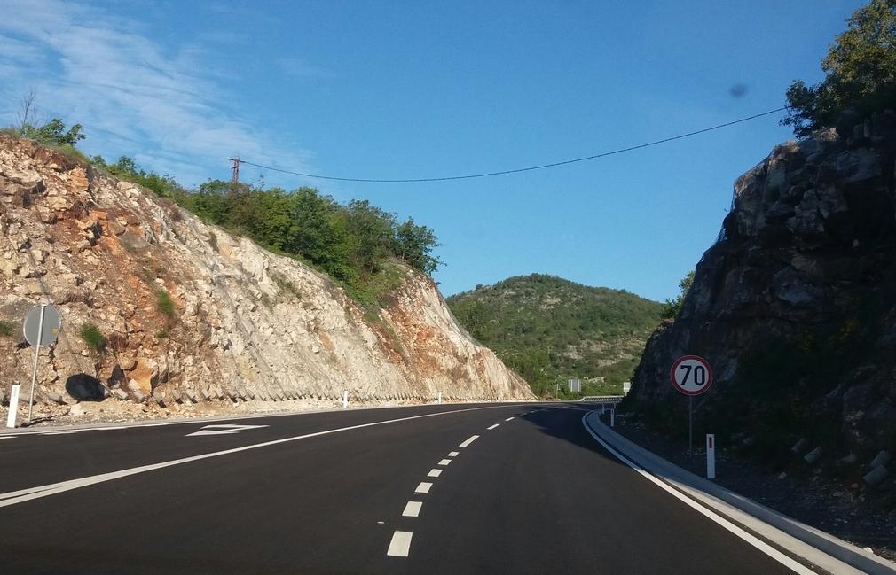 Road Cetinje-Podgorica