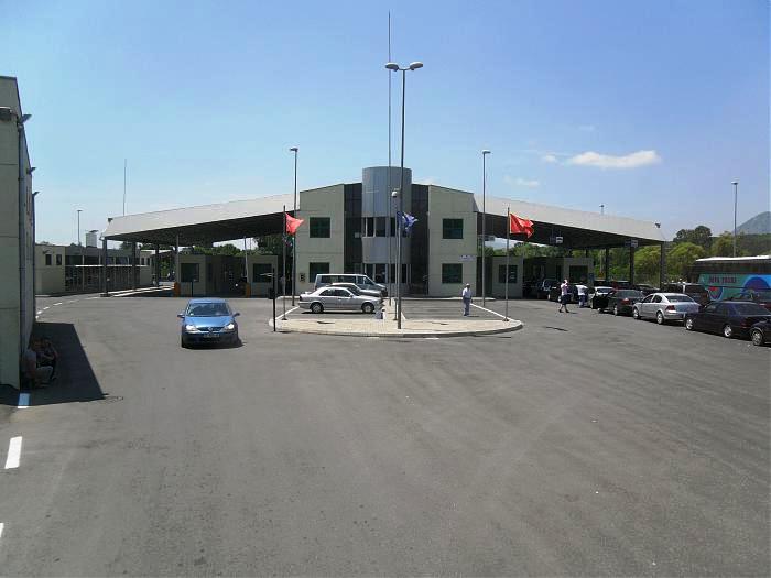 Border Crossing Sukobin-Muriqan