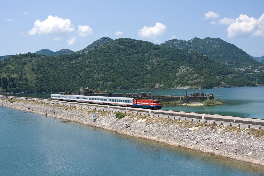 The train crosses the Skadar Lake