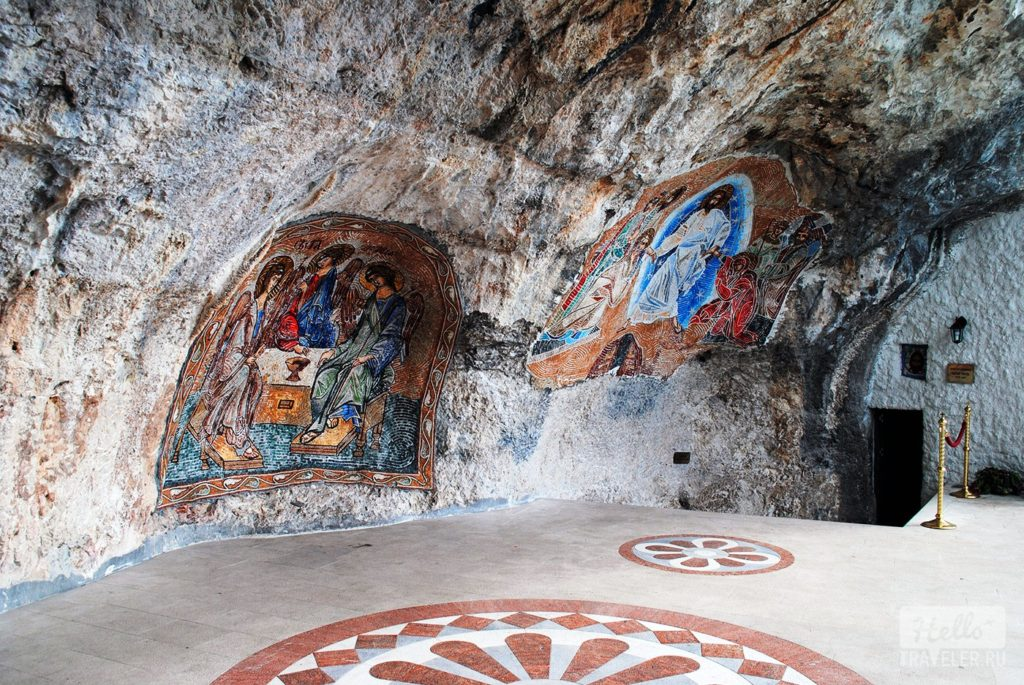 Frescoes in Upper Monastery of Ostrog