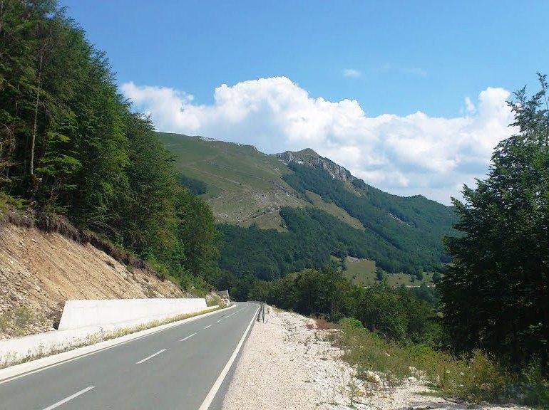 Road Zabljak-Savnik