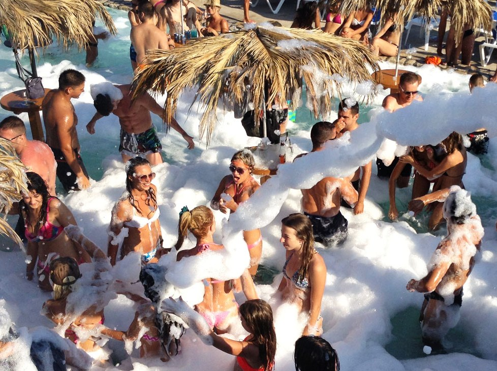 Entertainment in Budva - Foam Party