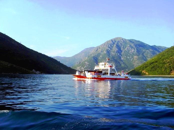 Ferry Lepetane - Kamenari