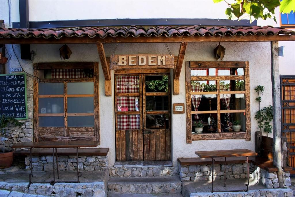 Restaurant in Old Bar