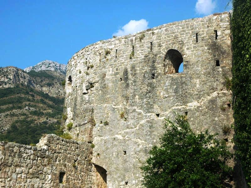 The Round Tower Gavadola - Old Bar