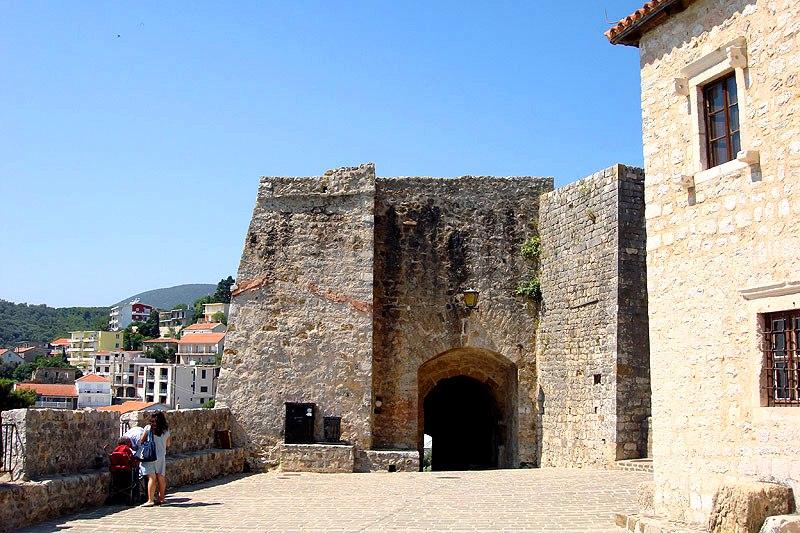 Old Town of Ulcinj - Upper entrance