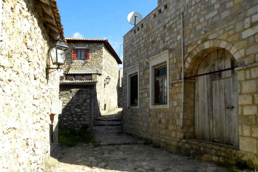 Stone houses in Ulcinj