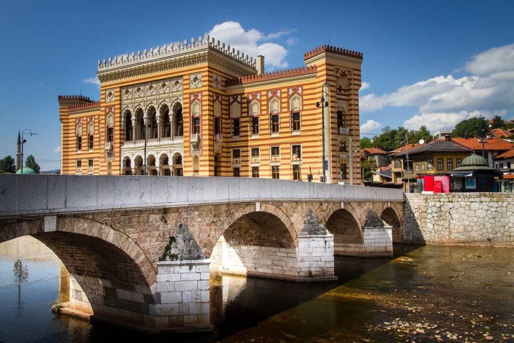 Sarajevo - City hall