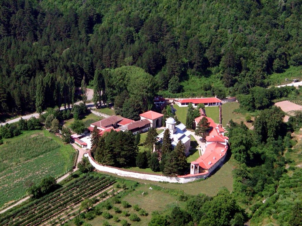 Monastic court - Decani Monastery