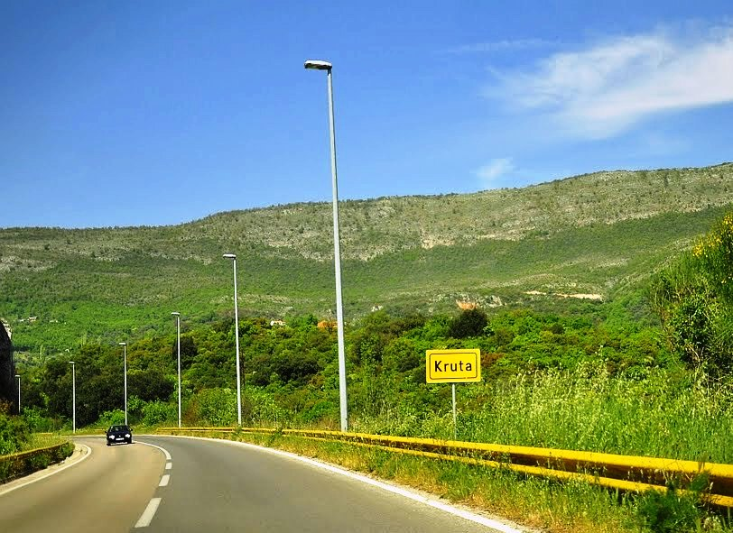 Road between Vladimir and Sukobin - border crossing with Albania