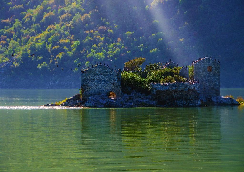 Forteresse Grmozur - lac Skadar, Monténégro