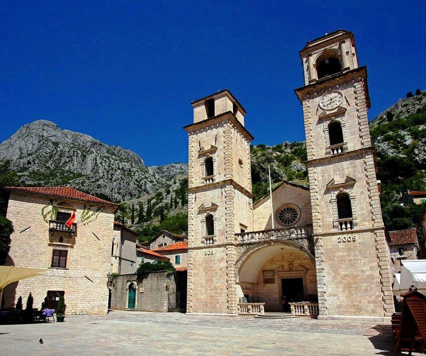 La cathédrale Saint-Tryphon Kotor