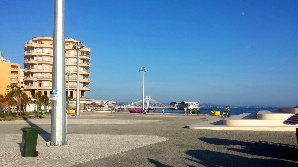 Promenade du front de mer Durres, Albanie