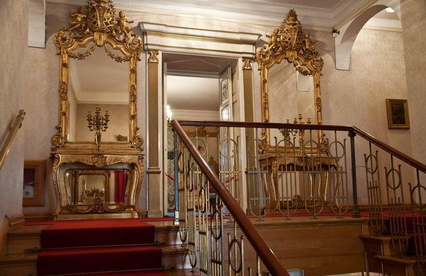 King Nikola Palace Cetinje - The stairway