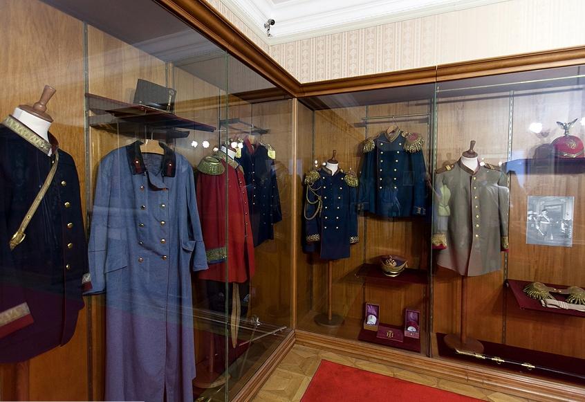 King Nikola Palace - Clothing and personal items
