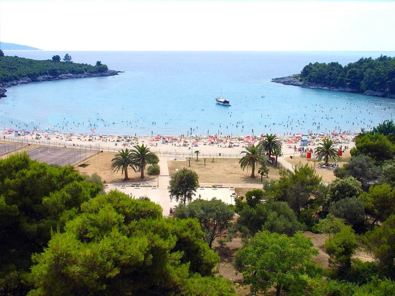 Plavi horizonti beach (Blue horizons)