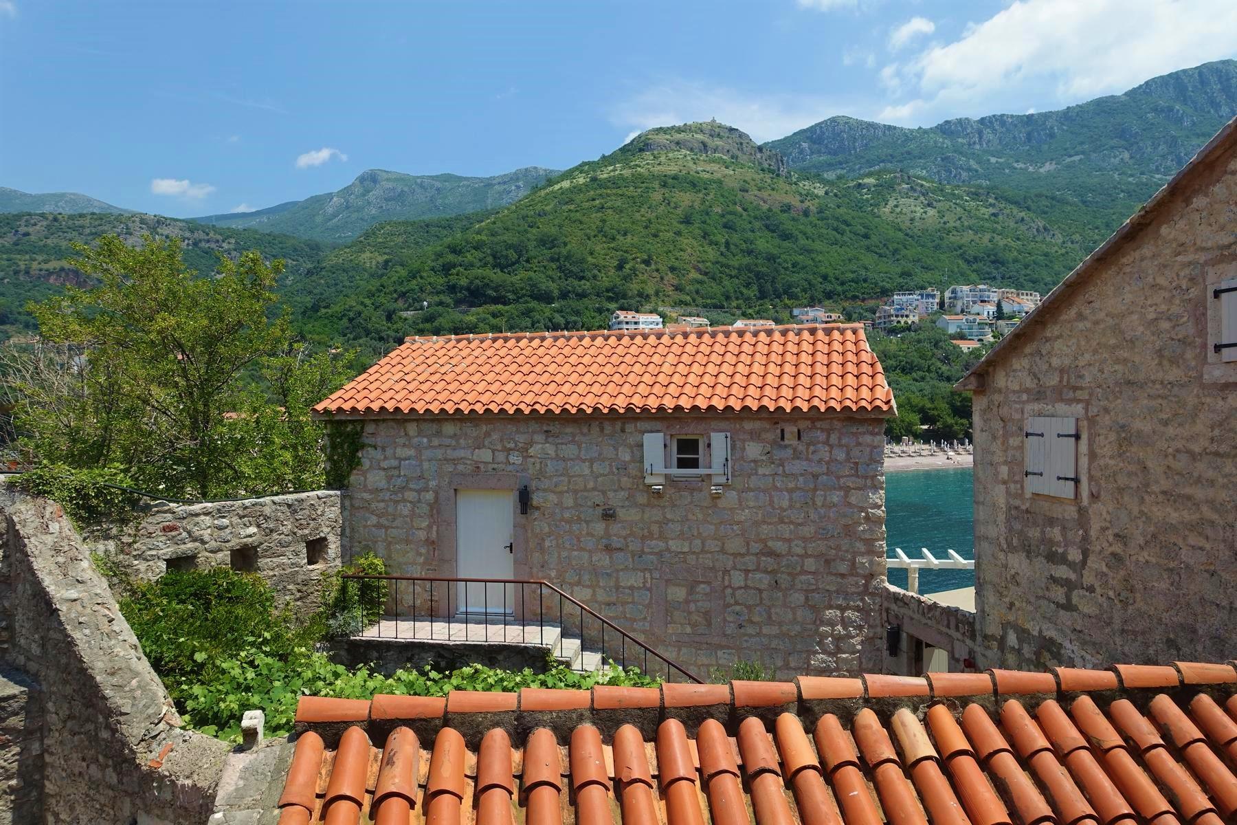 Sveti Stefan - the old stone houses