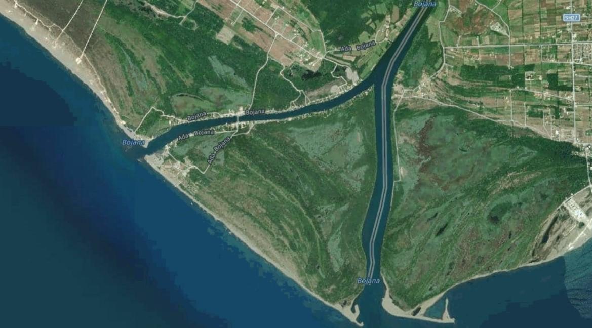 Ada Bojana with Bojana river