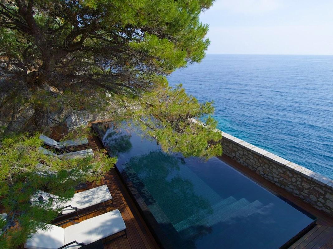 Sveti Stefan Cliff Pool