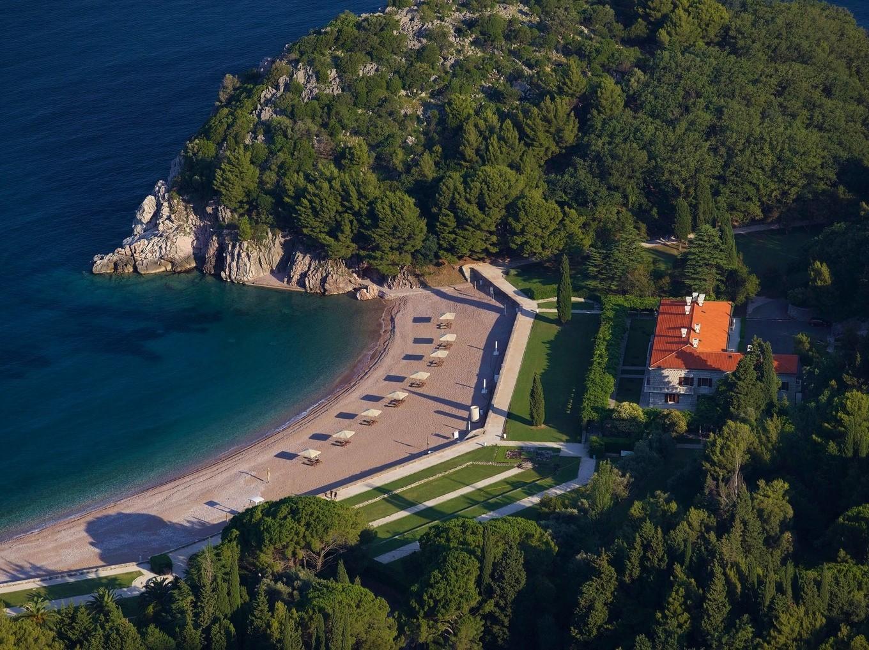 Queen's beach Milocer