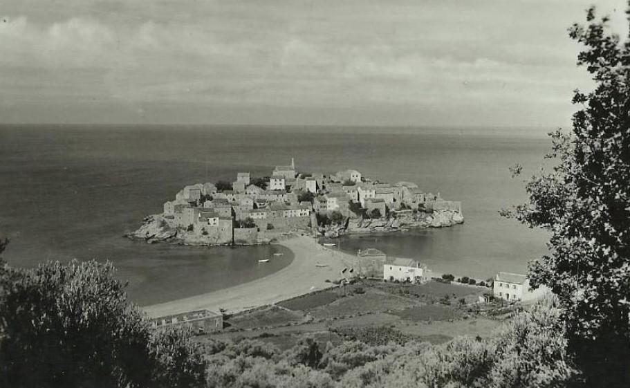 Sveti Stefan as a fishing village